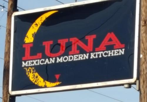 Luna's 2018